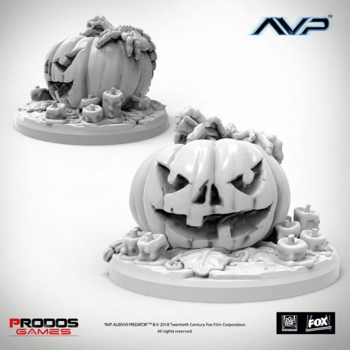 AvP: The Hunt Begins – Trick or Hug Limited Miniature | Buy now at The G33Kery - UK Stock - Fast Delivery